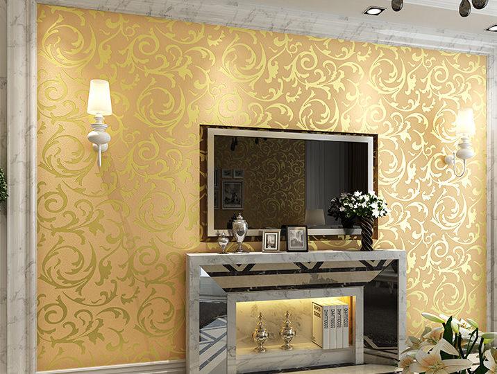 wallpaper decorating